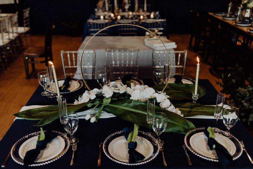 Navy & Gold - Modern Wedding