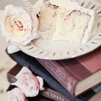 Wedding Cake and books