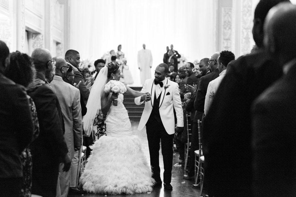 Modern Glam Wedding Cadre