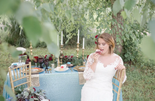 Cupcakes and Lace - Styled Shoot Couture by Tess