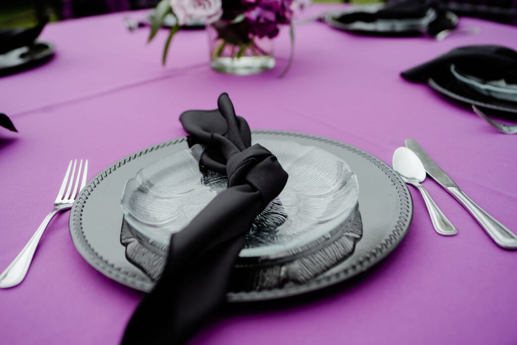 Purple and Black Table with Black China Modern Garden - Plum & Black